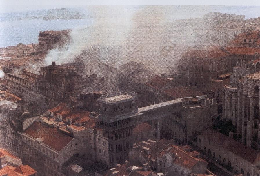 A Baixa, 25 de Agosto de 1988 (Álvaro Siza, 2000)